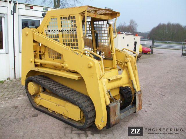 2003 Takeuchi  TL 126 Construction machine Wheeled loader photo