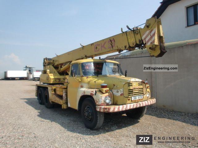 1981 Tatra  148 AD 20 6x6 Truck over 7.5t Truck-mounted crane photo