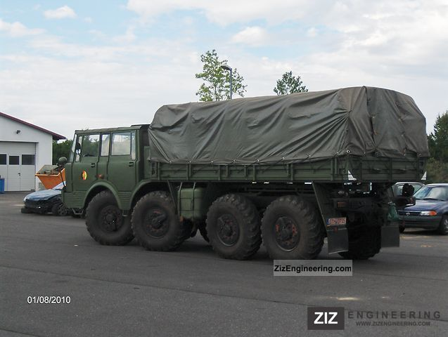 1975 Tatra  813 Colossus with sliding plate Truck over 7.5t Stake body and tarpaulin photo