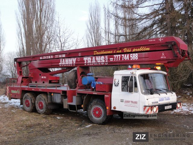 Tatra T.815, NP-27 1993 Hydraulic work platform Truck Photo and Specs
