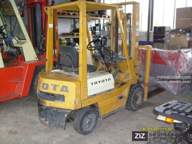 2011 Toyota  3FD15 1.5 to Hubh. 3.30 m Forklift truck Front-mounted forklift truck photo