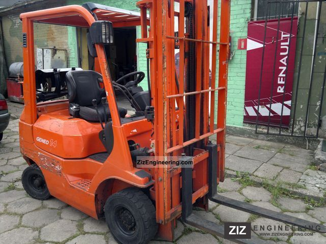 2003 Toyota  7FG 14 benzyna / GAZ LPG Forklift truck Front-mounted forklift truck photo