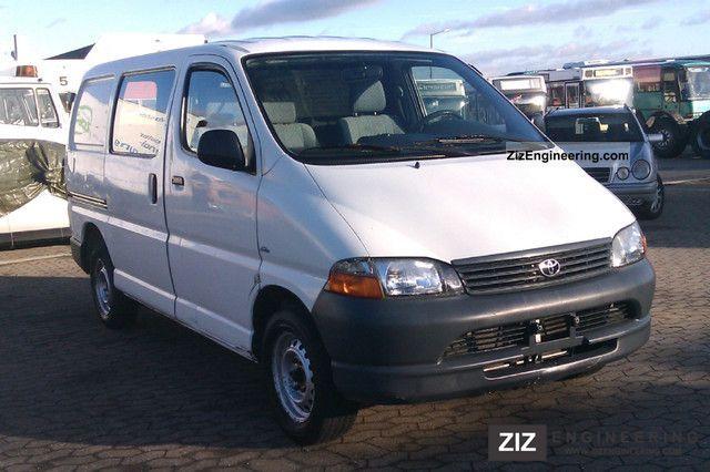 2003 Toyota  HiAce D-4D § 25a par Van or truck up to 7.5t Box-type delivery van photo