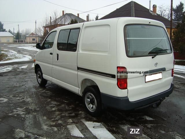 2000 Toyota  Hiace 2.4 TD 4X4 Van or truck up to 7.5t Box photo