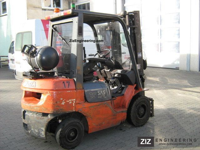 2006 Toyota  42-7FGF25 Forklift truck Front-mounted forklift truck photo