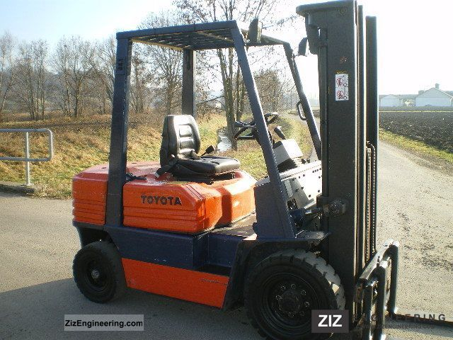 1996 Toyota  2.5 To, side shift + triplex (4.7 m HH) Forklift truck Front-mounted forklift truck photo