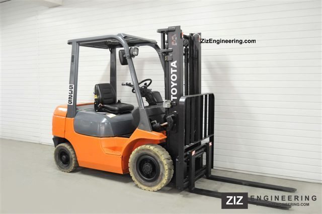 2002 Toyota  62-7FDF25 Forklift truck Front-mounted forklift truck photo