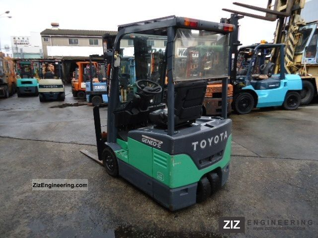 2005 Toyota  7FBE10 Forklift truck Front-mounted forklift truck photo