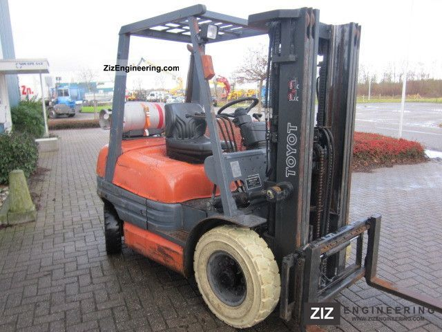 1998 Toyota  42-6FGF25 Forklift truck Front-mounted forklift truck photo