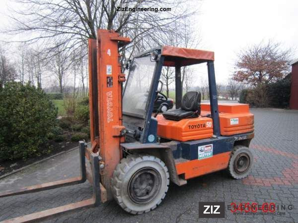 1989 Toyota  5 FD 45 Forklift truck Front-mounted forklift truck photo