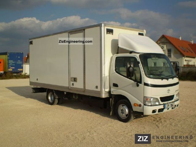 2003 Toyota  Dyna with 150 cases Van or truck up to 7.5t Box photo