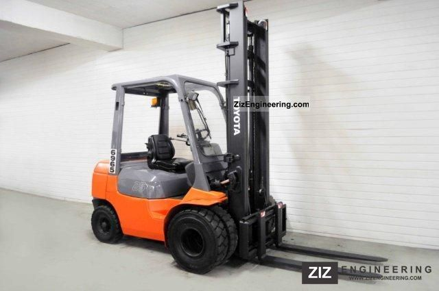 2006 Toyota  62-7FDF25, SS Forklift truck Front-mounted forklift truck photo