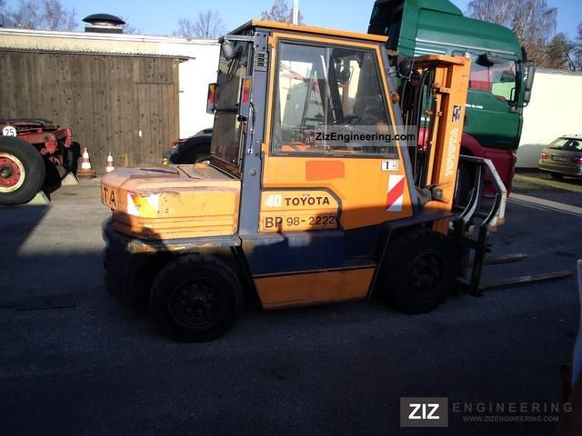 1993 Toyota  02-5 FD 35 with forkpositioner 5670 hrs Forklift truck Front-mounted forklift truck photo