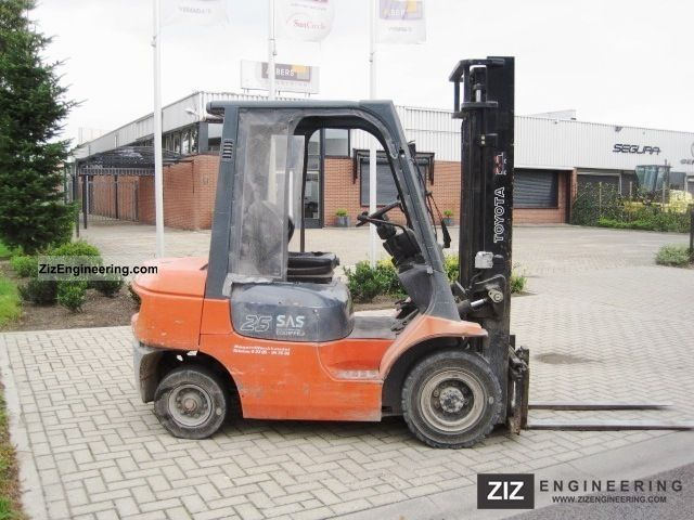 2003 Toyota  7FDF 62 25 / SIDE SHIFT Forklift truck Front-mounted forklift truck photo