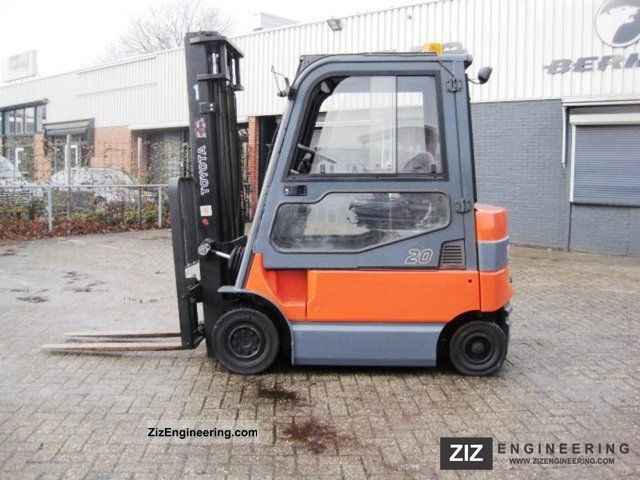 2005 Toyota  7 FBMF 20 / INT SIDE SHIFT Forklift truck Front-mounted forklift truck photo