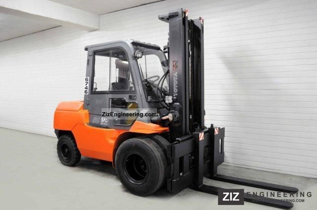 2004 Toyota  02-7FDA50, SS, CAB Forklift truck Front-mounted forklift truck photo