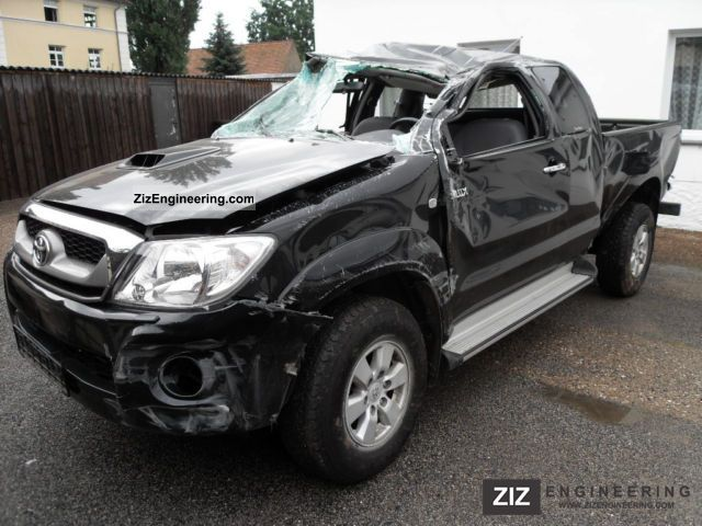 2010 Toyota  Extra Cab Hilux 2.5D-4D 4x4 Sol climate Van or truck up to 7.5t Other vans/trucks up to 7,5t photo