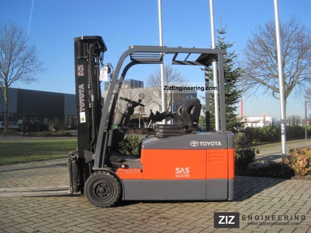 2008 Toyota  7 FBEF 18 / SIDE SHIFT / MAST TRIPLO Forklift truck Front-mounted forklift truck photo