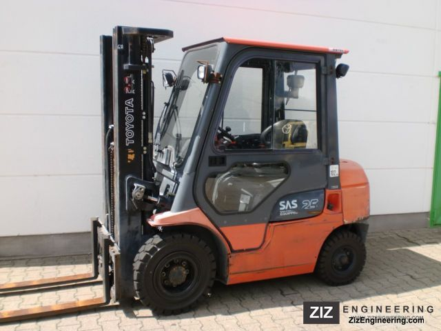 2005 Toyota  02-7 FDF 25 Forklift truck Front-mounted forklift truck photo