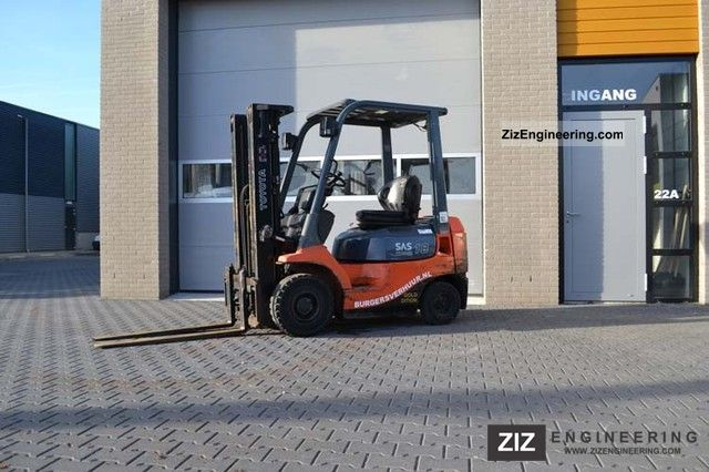 2007 Toyota  7FDF18 Forklift truck Front-mounted forklift truck photo