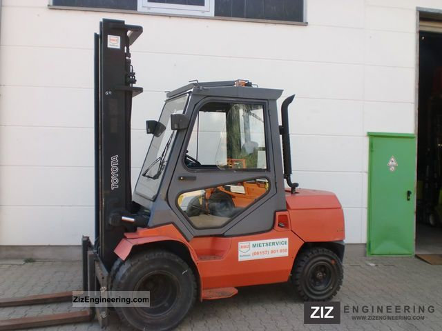 2002 Toyota  02-7FD45 Forklift truck Front-mounted forklift truck photo
