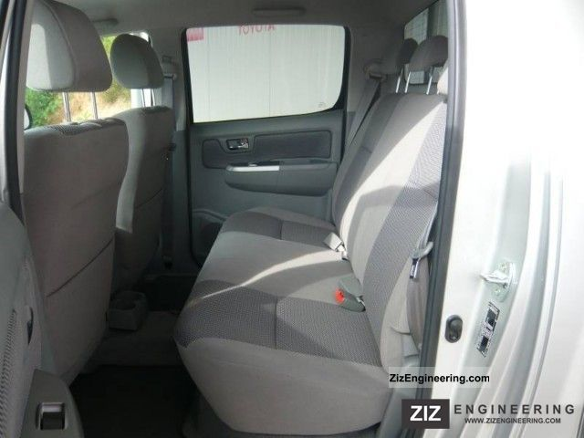 Toyota Hilux Model 2009 4x4 Double Cab Life 2011 Stake