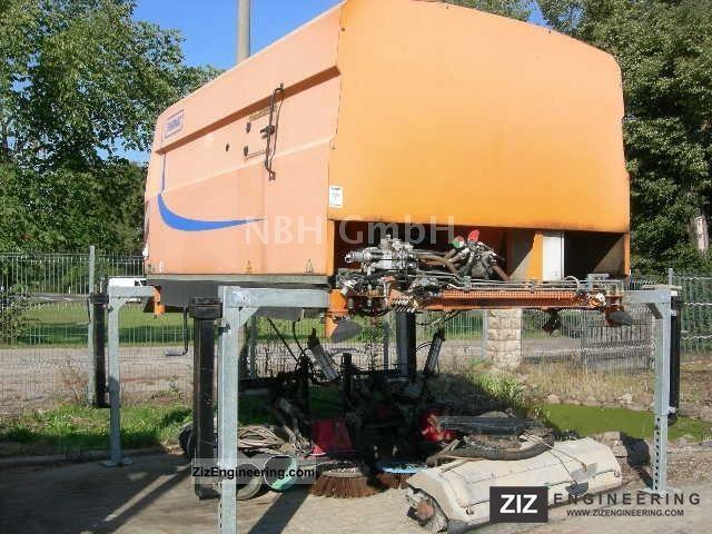 2003 Unimog  Schmidt SK 502 Sweeper Construction machine Other substructures photo