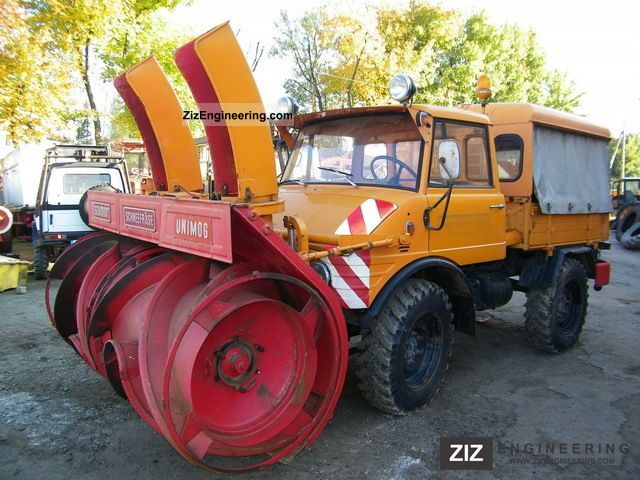 unimog mercedes 421 plug wirowy 1970 agricultural plough photo and specs. Black Bedroom Furniture Sets. Home Design Ideas