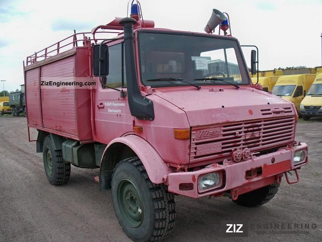 unimog 435 11 4x4 old car fire 1979 ambulance truck. Black Bedroom Furniture Sets. Home Design Ideas