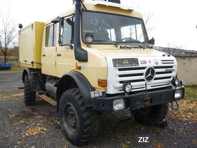 2003 Unimog  U 4000 Doka air accident damage Van or truck up to 7.5t Box photo