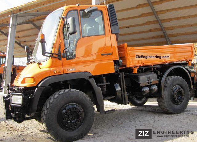 2003 Unimog  U 400 Truck over 7.5t Three-sided Tipper photo