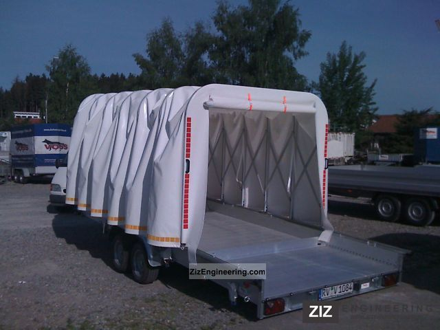 Voss Retractable Trailer With Sliding Tarp 2011 Motortcycle Trailer Photo And Specs