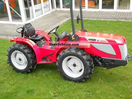 2011 Carraro  SN 6500 V Agricultural vehicle Tractor photo