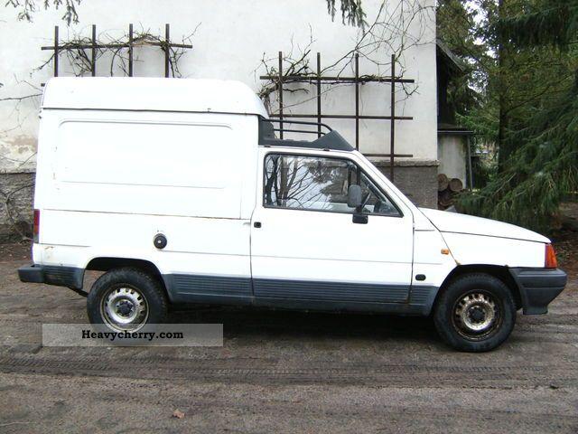 1993 Seat  Terra Van or truck up to 7.5t Box-type delivery van photo