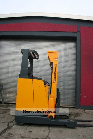 2003 Jungheinrich  ETM 112 Battery year 2008 2x presence Forklift truck Reach forklift truck photo