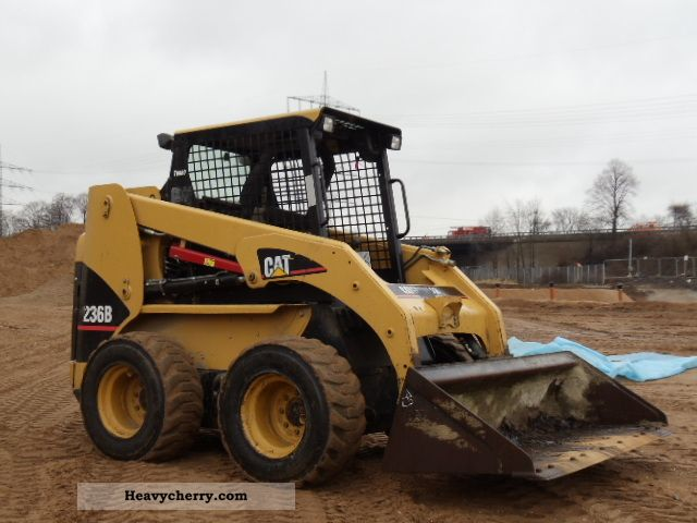 2007 CAT  236B Turbo Skid Steer * 2007 * Construction machine Wheeled loader photo