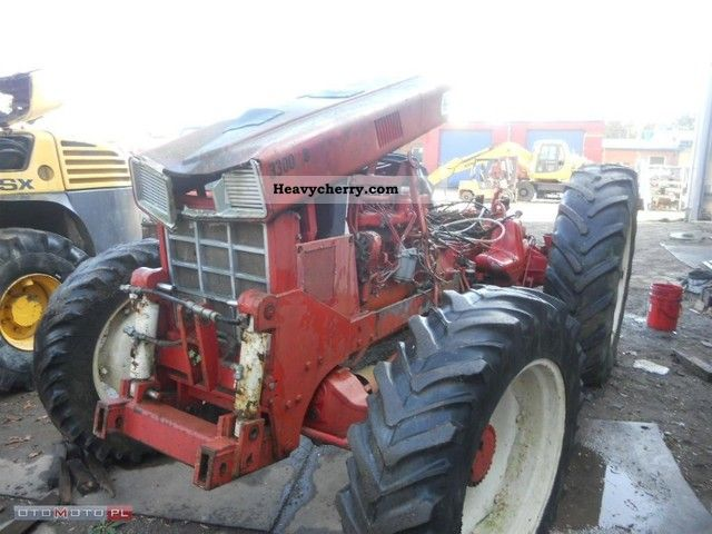 1983 Case  CASE INTERNATIONAL 956 Agricultural vehicle Tractor photo