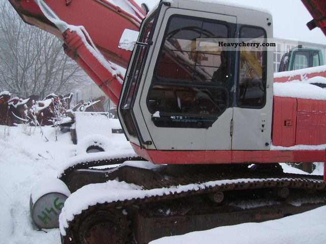 1992 Hitachi  FH 300 T Construction machine Caterpillar digger photo