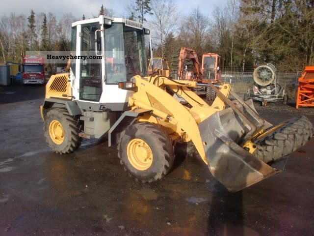 2000 Liebherr  506 Construction machine Wheeled loader photo