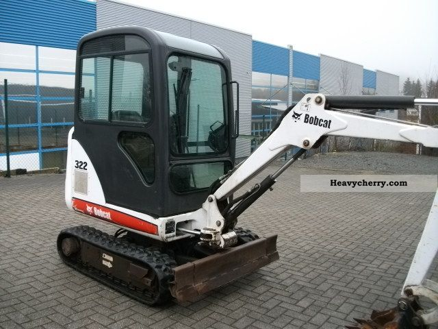 2004 Bobcat  322 G Construction machine Mini/Kompact-digger photo