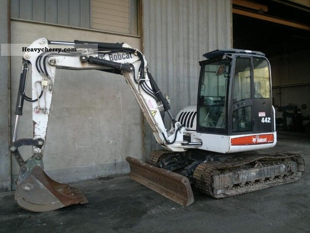 2006 Bobcat  442 B Construction machine Mini/Kompact-digger photo