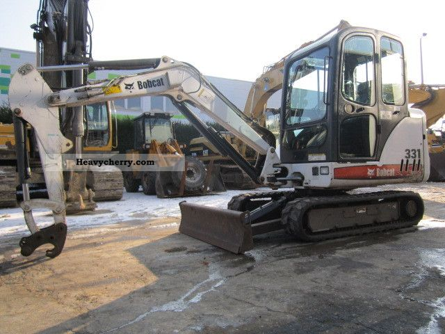 2004 Bobcat  331 Construction machine Mini/Kompact-digger photo