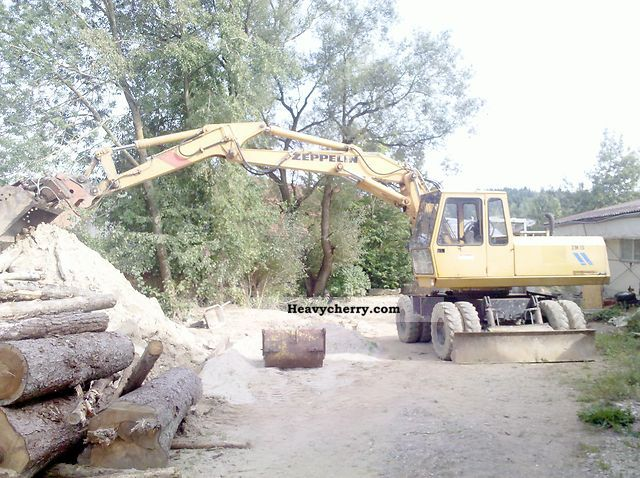 1989 Zeppelin  ZM 15 Construction machine Mobile digger photo
