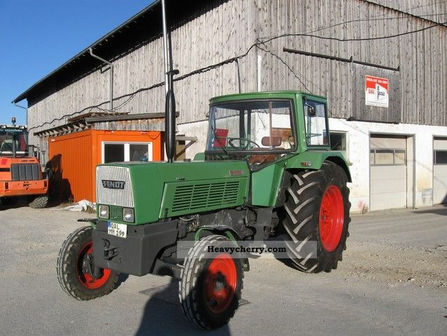 1973 Fendt  610S Agricultural vehicle Tractor photo