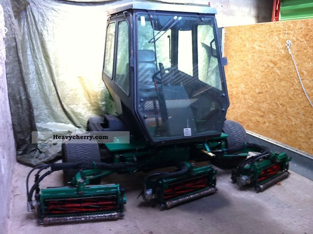 1999 Jacobsen  Ransomes Fairway 305 Agricultural vehicle Reaper photo