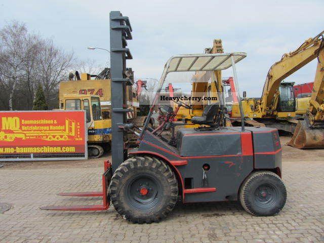 1982 Irion  DFG 35/45 3.5 T diesel forklift, side slide Forklift truck Rough-terrain forklift truck photo