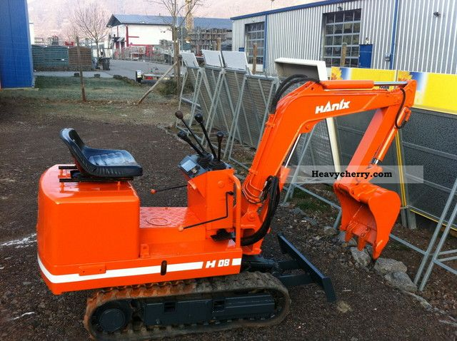 1992 Hanix  H08 Construction machine Mini/Kompact-digger photo