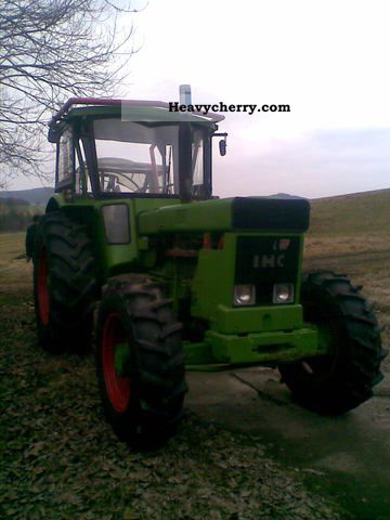 1978 IHC  1046AS Agricultural vehicle Tractor photo