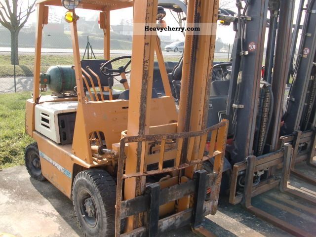 1990 Komatsu  FGF 18 Forklift truck Front-mounted forklift truck photo