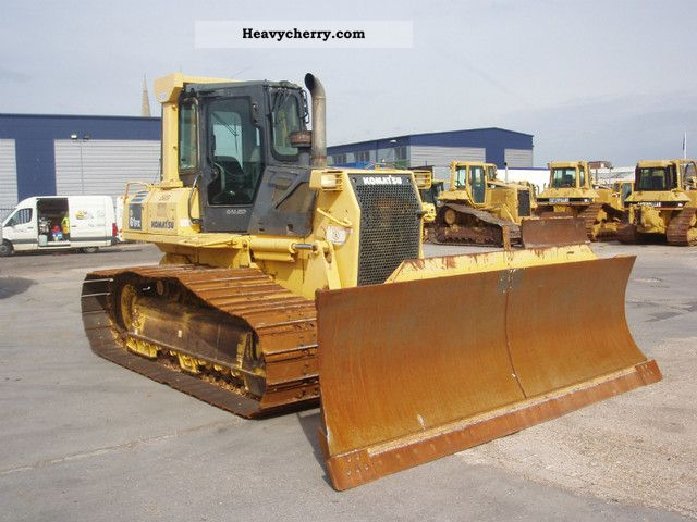 2007 Komatsu  D61PX-15 Construction machine Dozer photo